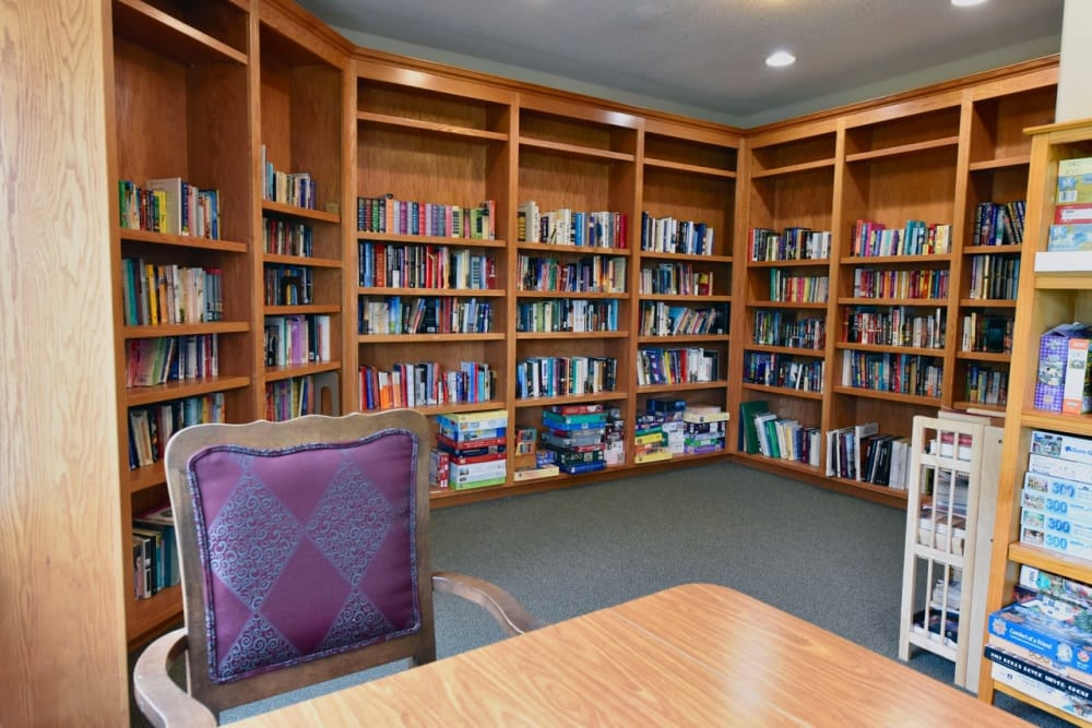 Library at retirement home facility in Prineville, Oregon
