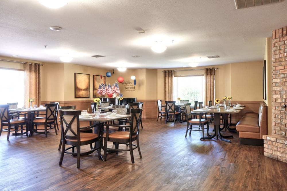 Large dining room at Regency Park Place at Corvallis in Corvallis, OR.