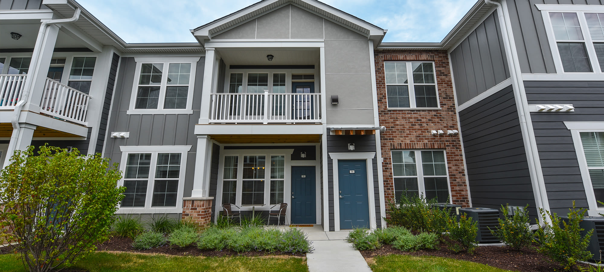 Apartments in South Elgin, IL