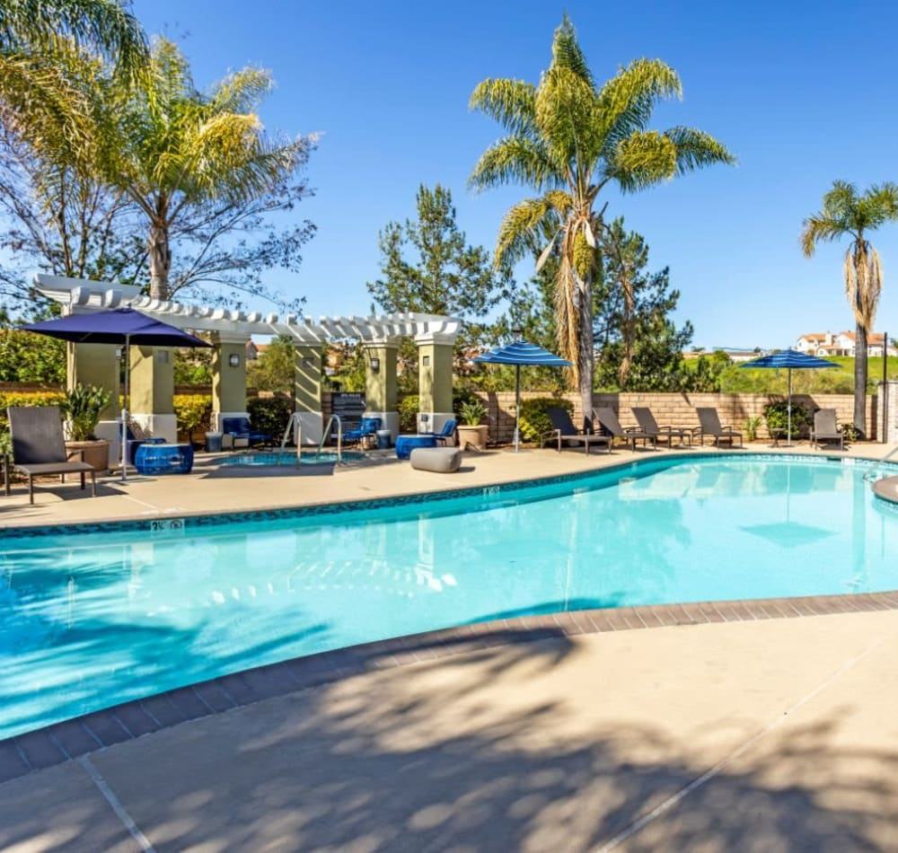 Resort-style swimming pool on a beautiful day at Sofi Highlands in San Diego, California
