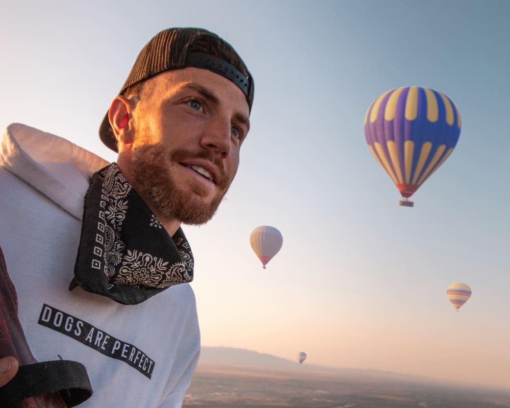 Jordan Kahana Full Time Traveler and Ambassador for StorQuest Self Storage