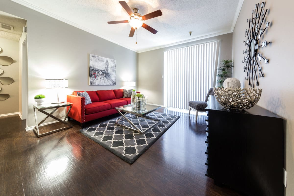 Well decorated living room at Marquis at Legacy in Plano, Texas