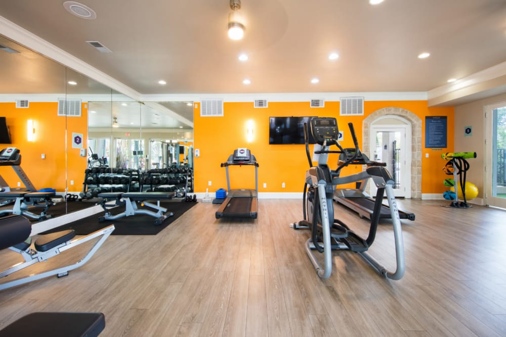 Fully equipped fitness center at Marquis at Treetops in Austin, Texas