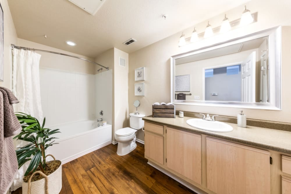 Clean bathroom at The Fairmont at Willow Creek in Folsom, California