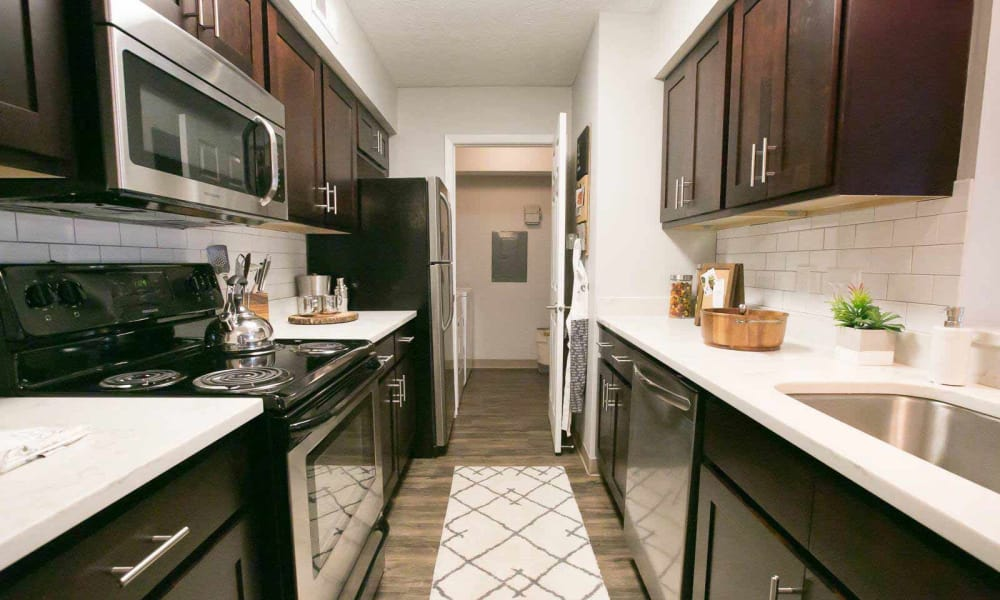 Enjoy a beautiful kitchen at Hunter's Chase Apartments
