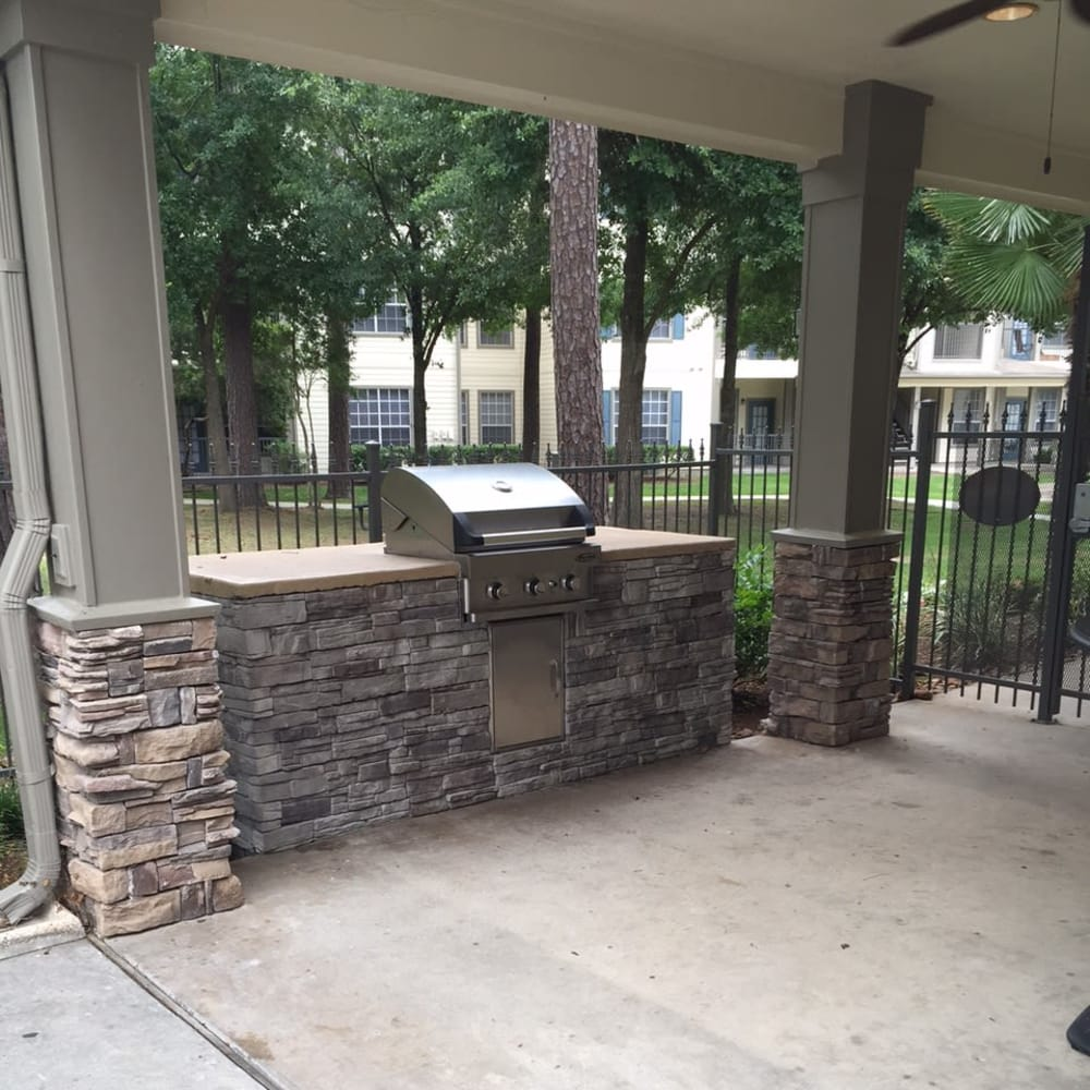 Grill area at Parc @ Champion Forest in Houston, Texas