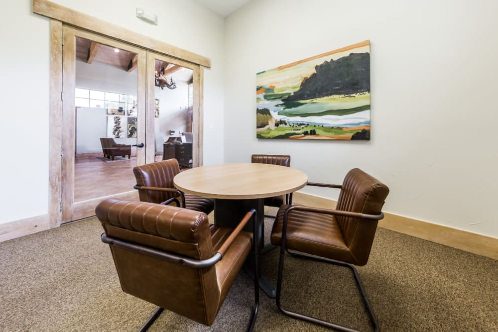 Private meeting area at Marquis at Canyon Ridge in Austin, Texas