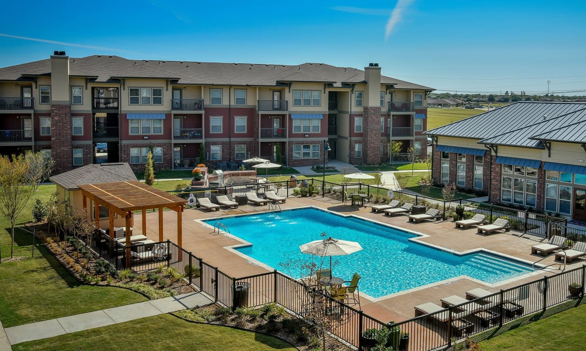 Luxury Apartments in Southwest Lubbock, TX | The Icon at ...