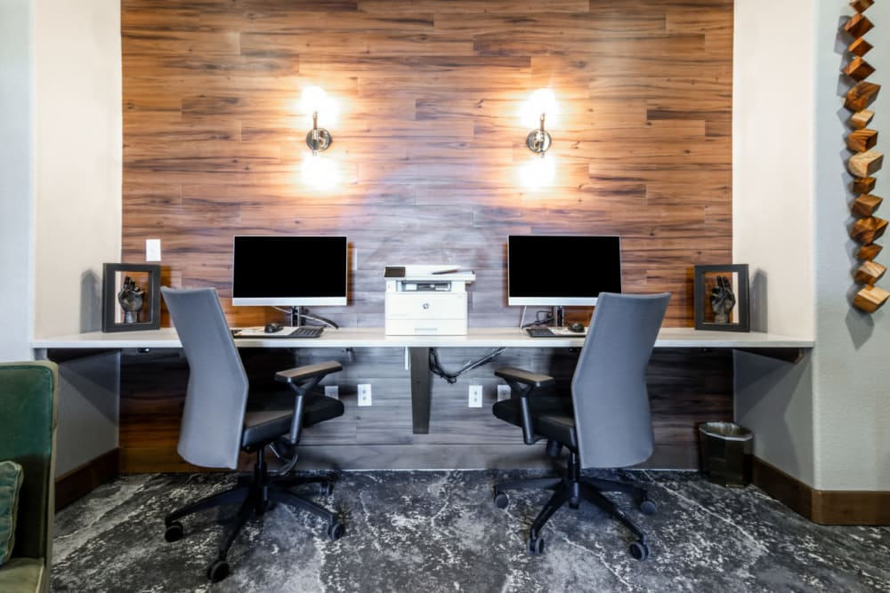 Business center equipped with high speed internet and printing services at The Links at Plum Creek in Castle Rock, Colorado
