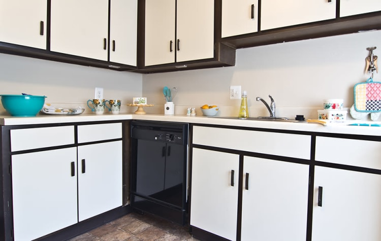 Full-equipped kitchen at Park Place of South Park in South Park, Pennsylvania