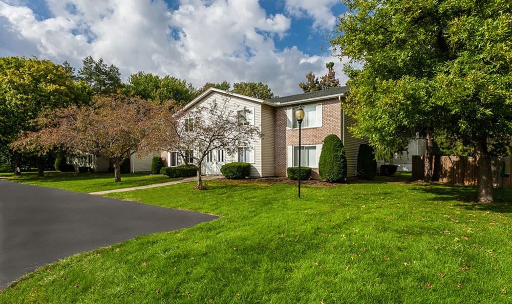 Welcome to Newcastle Apartments in Rochester, New York