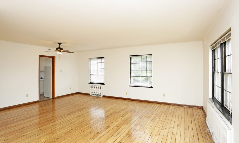 Living room at Windsor Terrace in Des Moines, Iowa