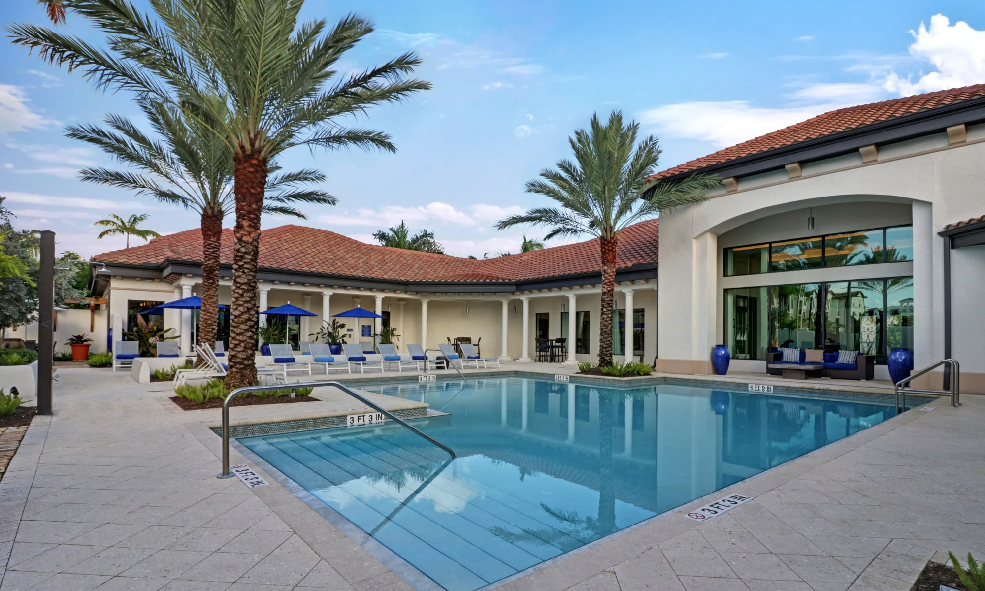 Apartments at Linden Pointe in Pompano Beach, Florida