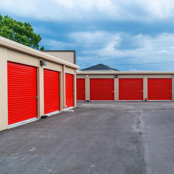 Drive-up access storage units at StorQuest Express - Self Service Storage in Sonora, California