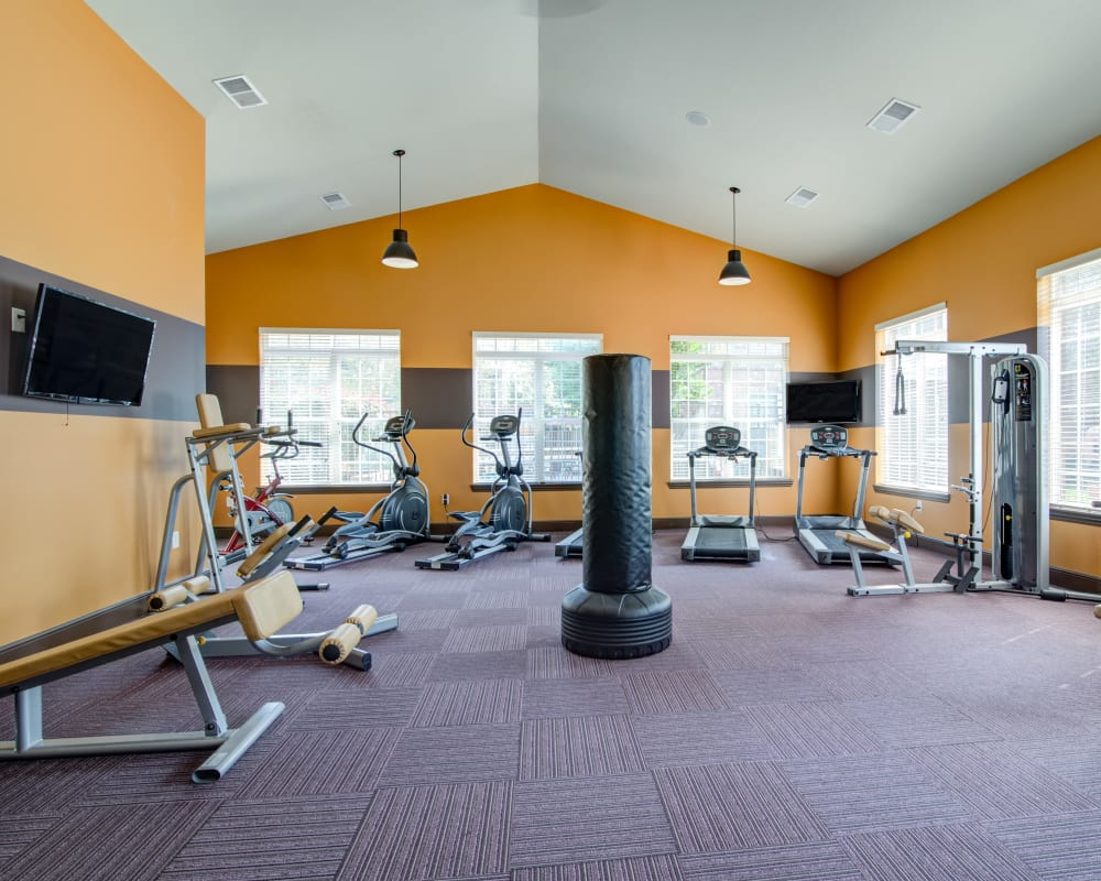 Well-equipped onsite fitness center at Cantare at Indian Lake Village in Hendersonville, Tennessee
