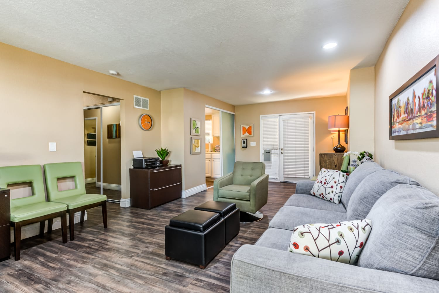 Legacy at Westglen offers a Leasing Office in Glendale, California