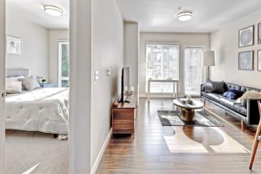 Luxury Studio 1 2 Bedroom Apartments In Bellevue Wa