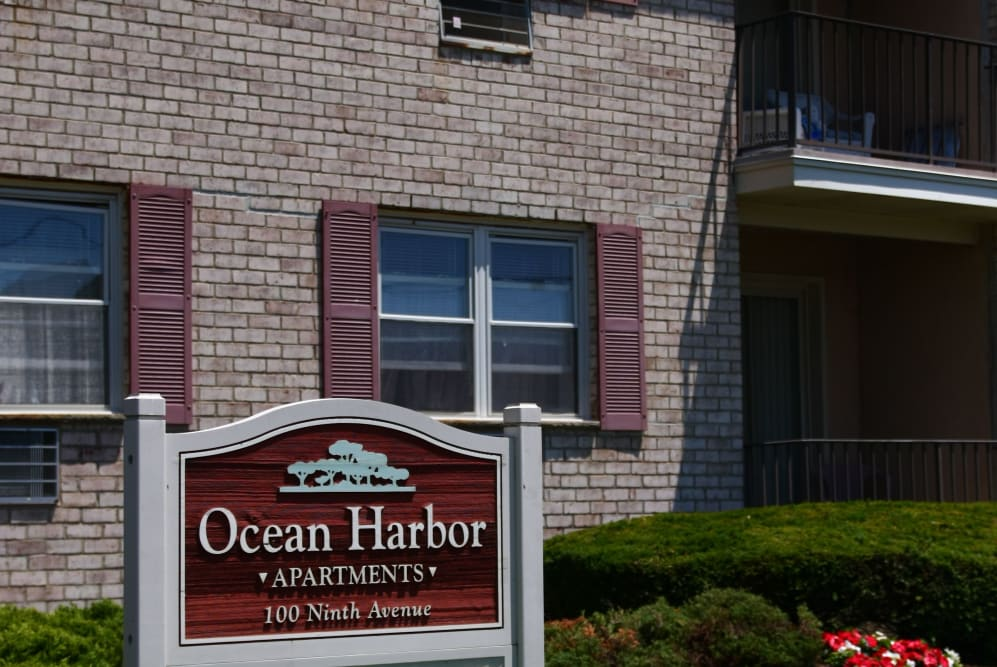 Ocean Harbor Apartments are ideally located in beautiful Belmar, New Jersey