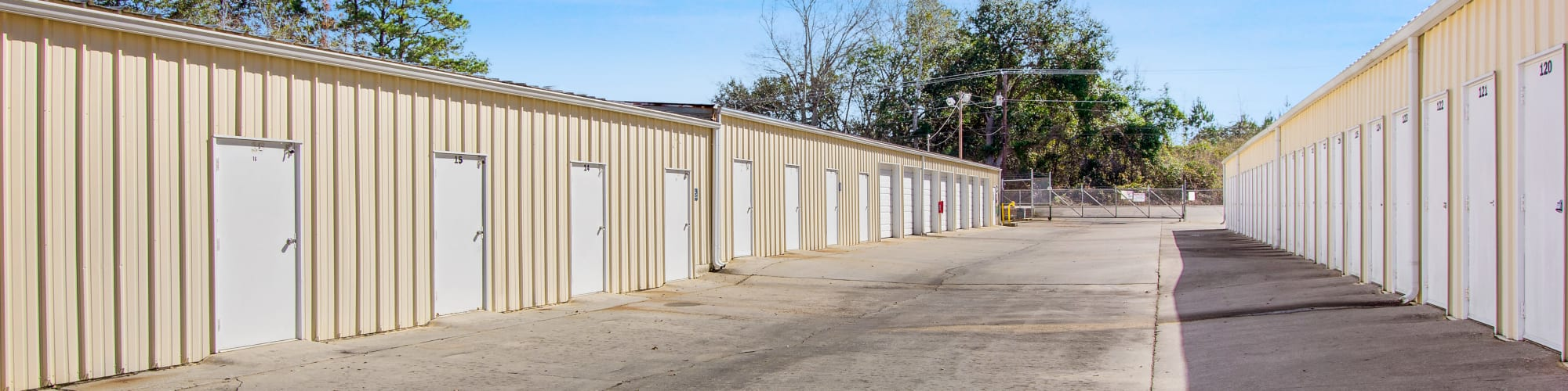 Contact Global Self Storage in Summerville, South Carolina