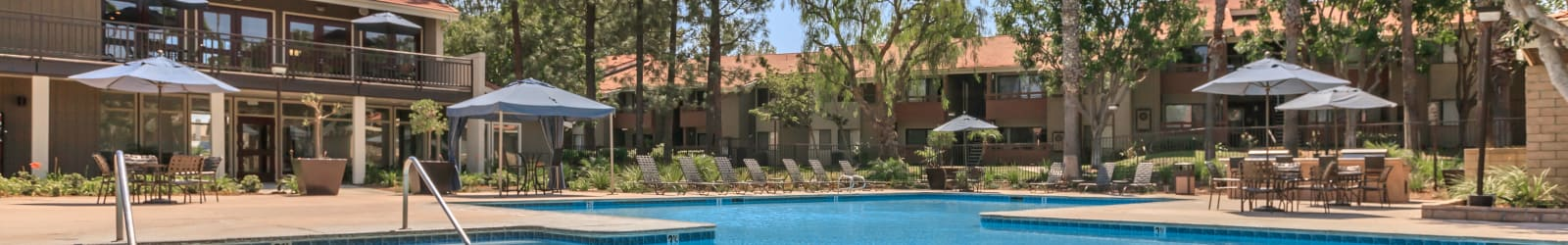 Photo gallery of the beautiful apartments for rent in Corona