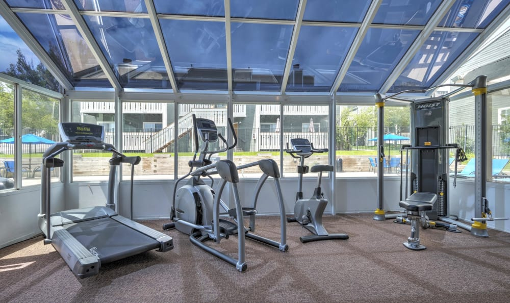 Gym facilities at Bluesky Landing Apartments