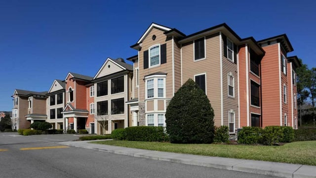 Exterior view of Integra Woods in Palm Coast, FL