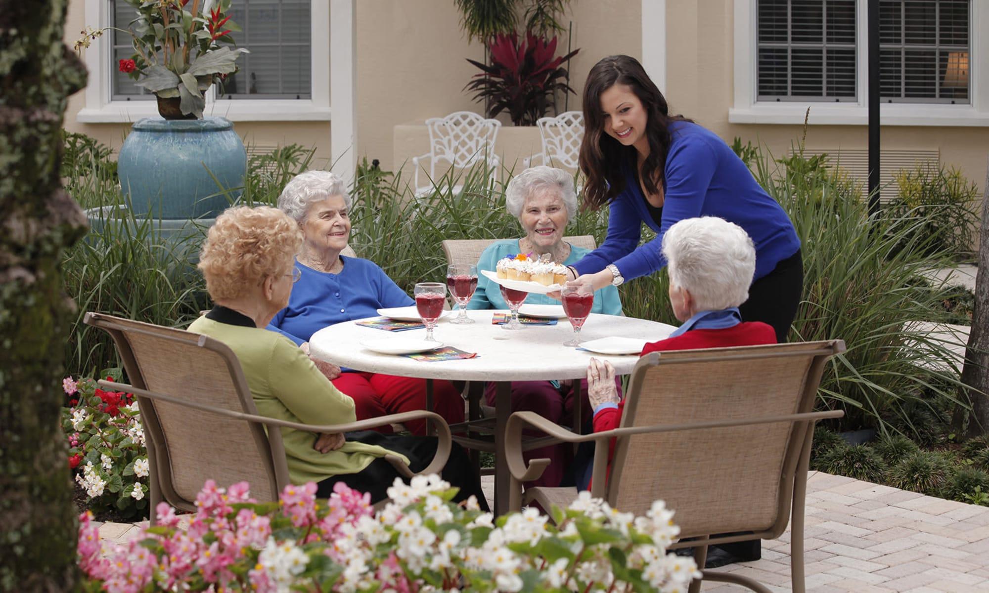 Senior living at Tequesta Terrace in Tequesta, Florida