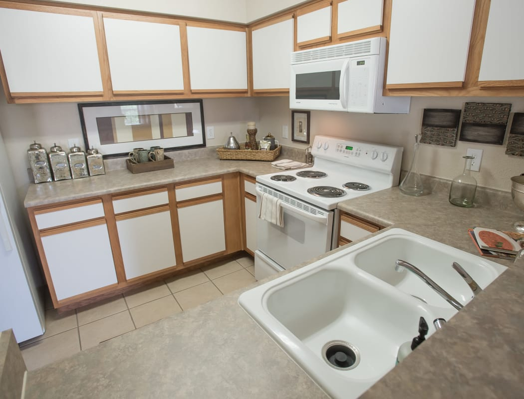 Kitchen at Villas at Stonebridge in Edmond, Oklahoma