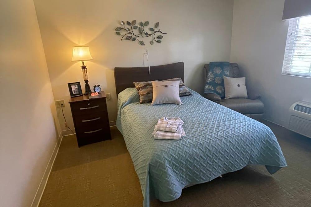 Bedroom at Triple Creek Retirement Community in Cincinnati, Ohio
