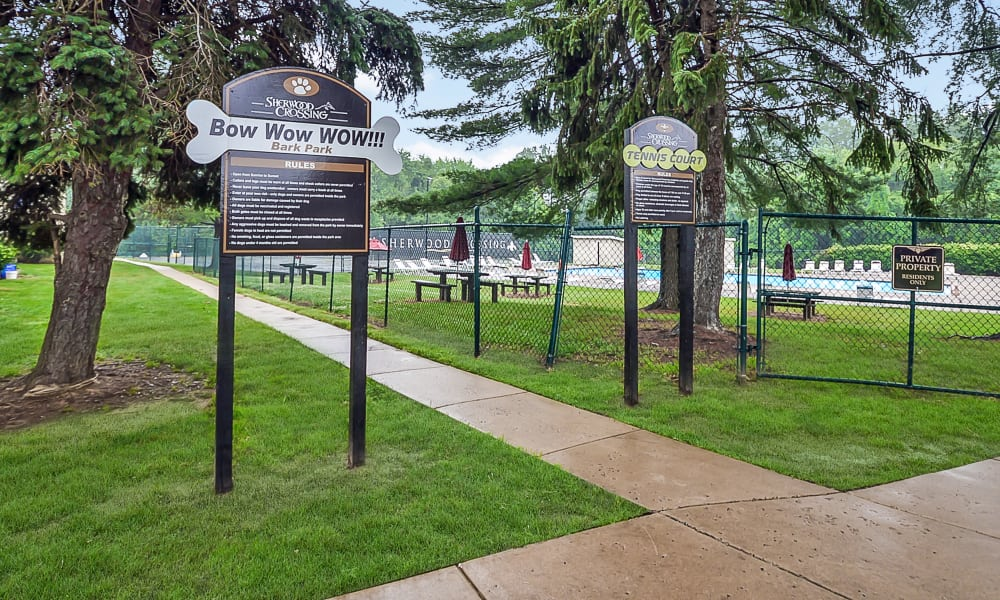Sherwood Crossing Apartments & Townhomes offers a unique dog park and a tennis court in Philadelphia, Pennsylvania