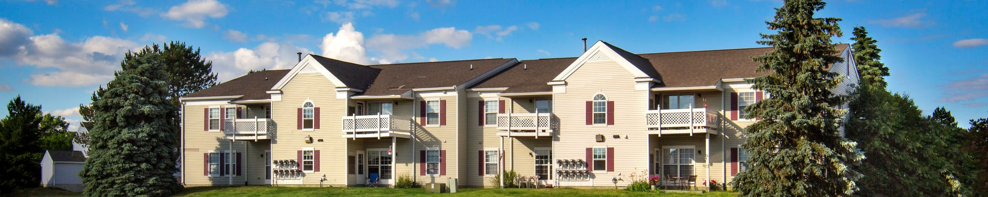 Schedule a tour to view 1820 South Apartments in Mount Pleasant, Michigan