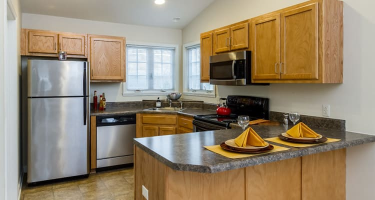Villas of Victor & Regency Townhomes in Victor, New York showcase our spacious kitchen