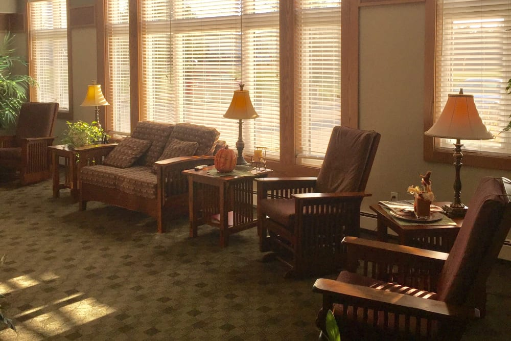 Sitting area at Meadow Ridge Senior Living