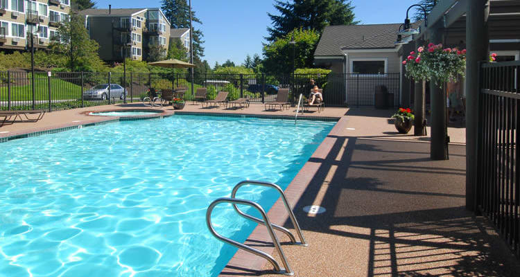 Swimming pool at Sunset Summit Apartments