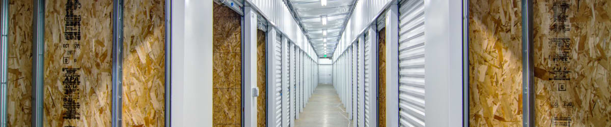 Heated self storage in Hubbard, OR