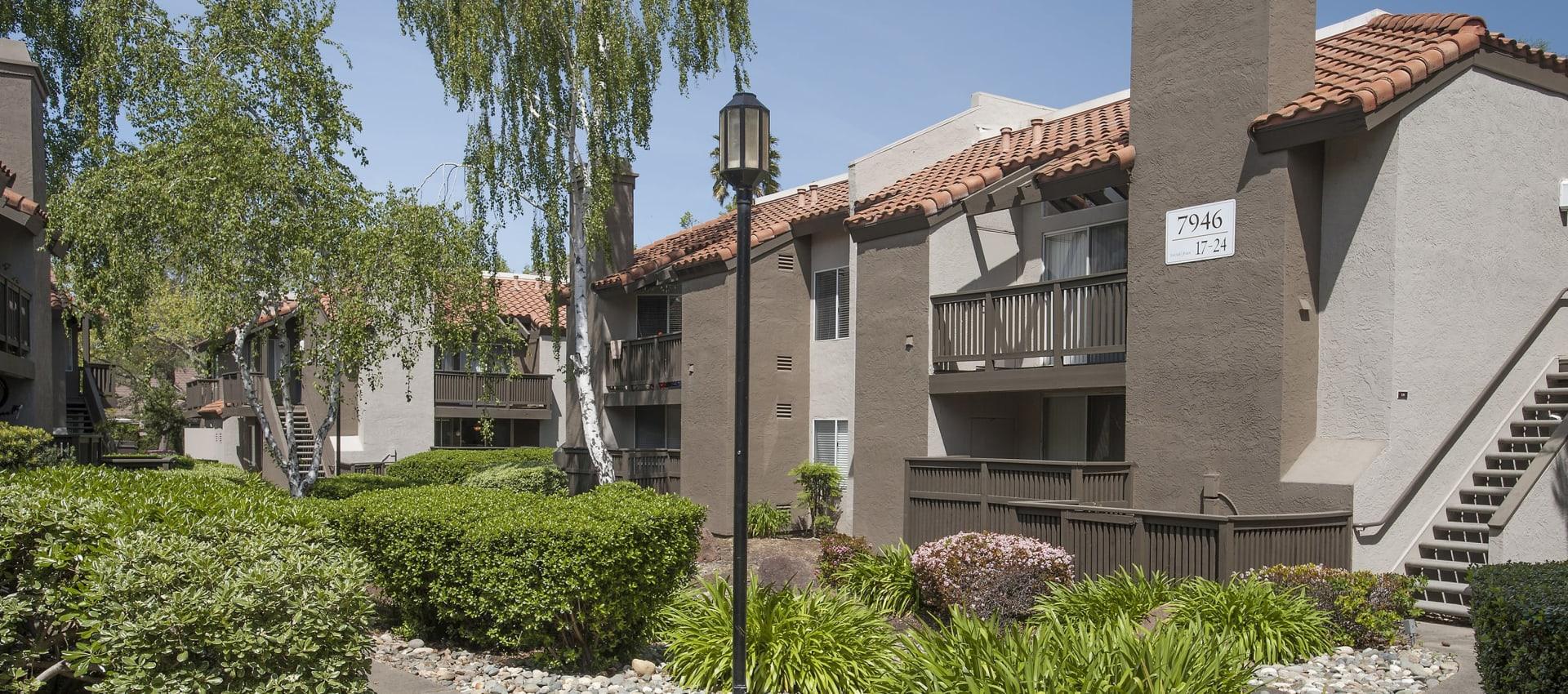 Private balcony or patio at Shore Park at Riverlake in Sacramento, California
