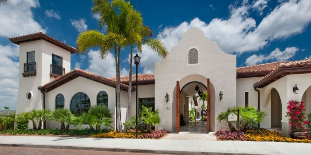 Exterior view of the leasing office at Doral View Apartments in Miami, Florida