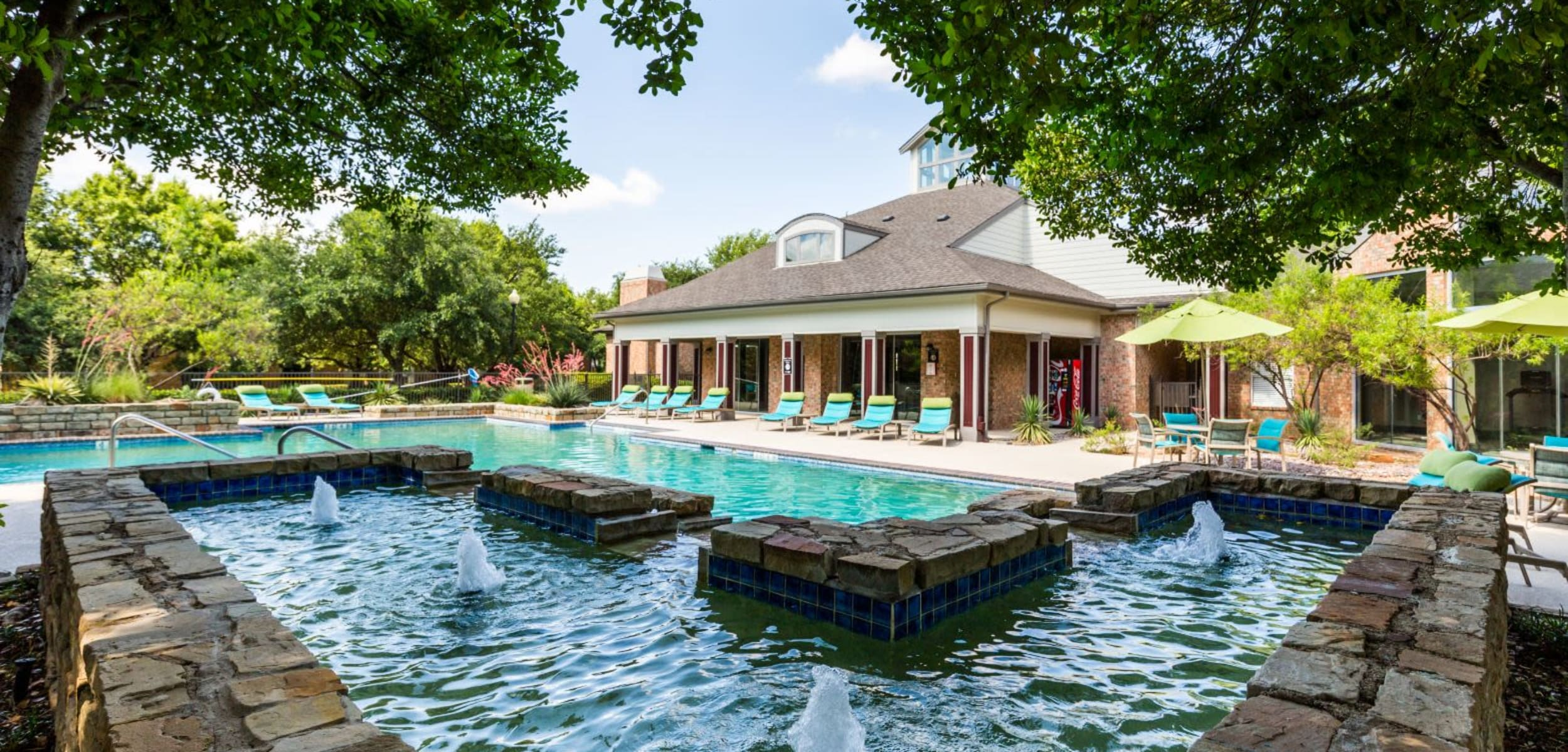 Outdoor water feature at Brooks on Preston in Plano Texas,