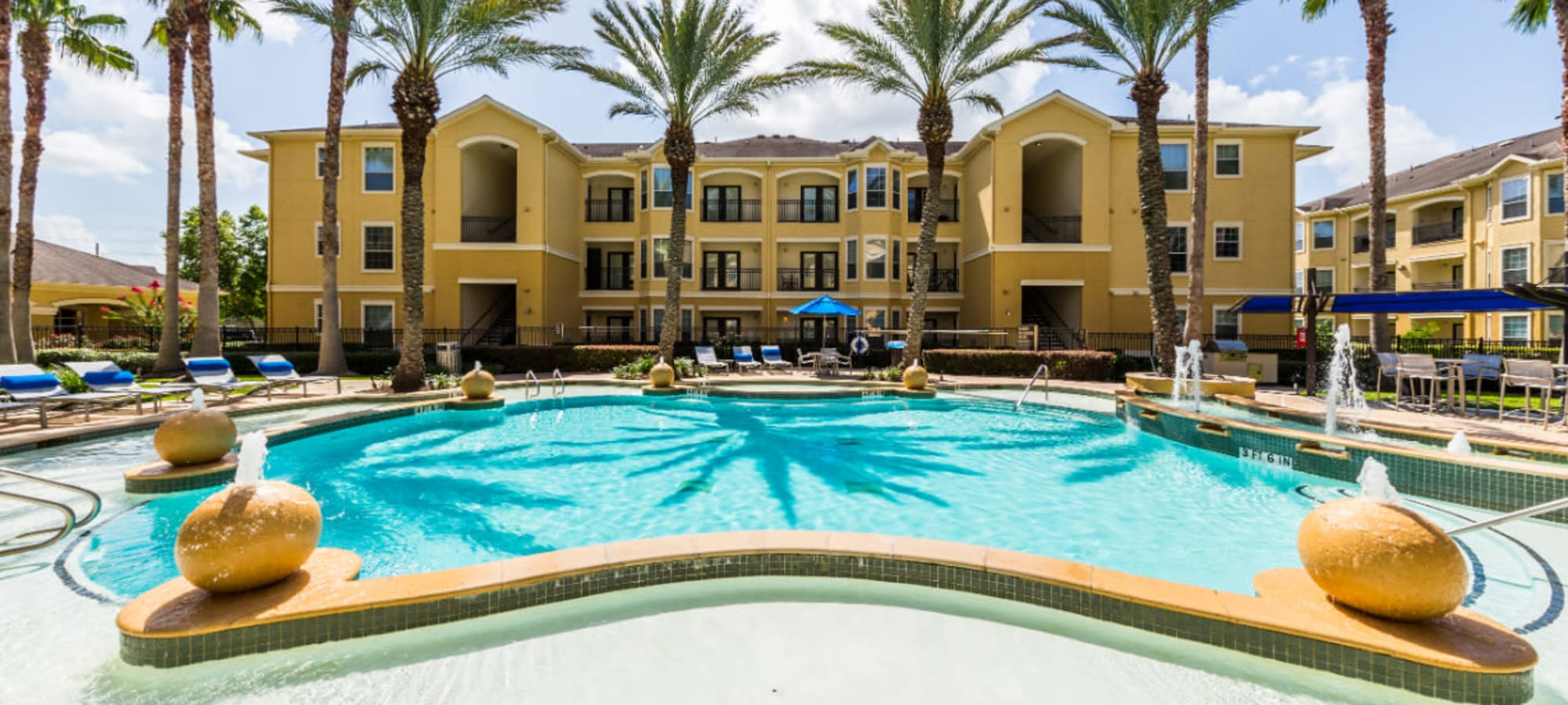 Floor plans at Marquis at Clear Lake in Webster, Texas