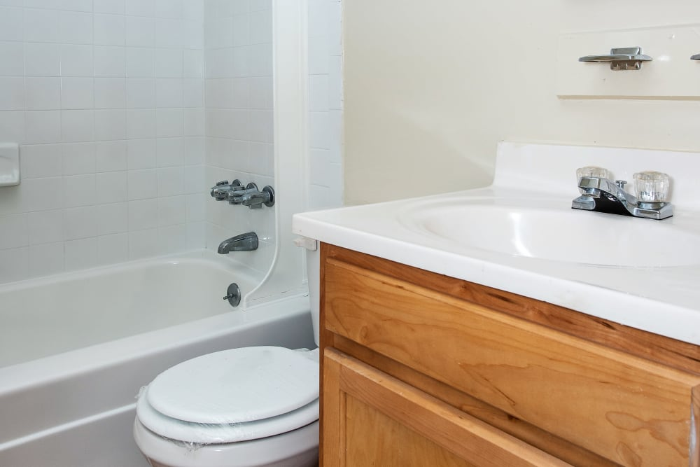 Our apartments in Essex, Maryland have a clean bathroom