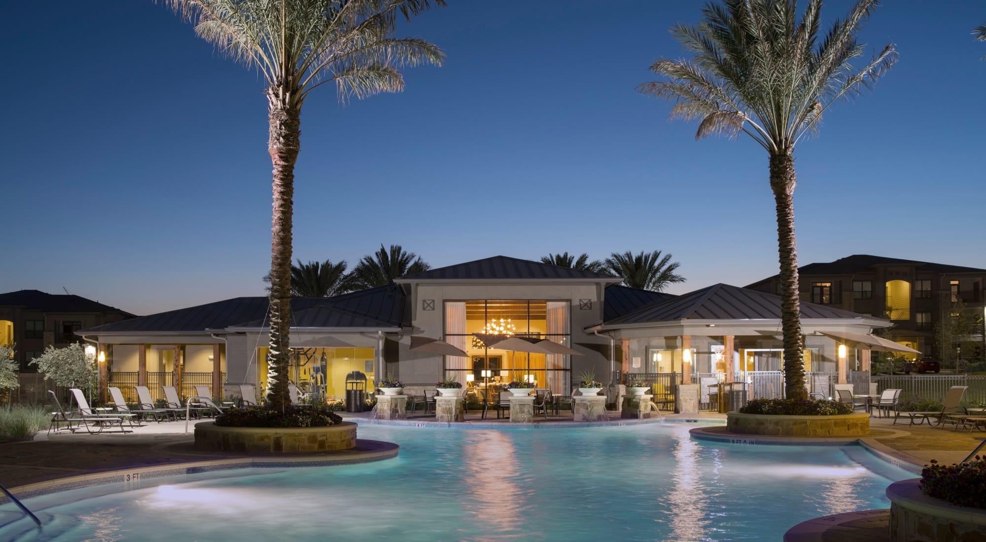Apartments at Savannah Oaks in San Antonio, Texas