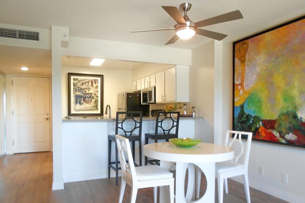 Extra amenities at Hillsborough Plaza Apartments in San Mateo, California