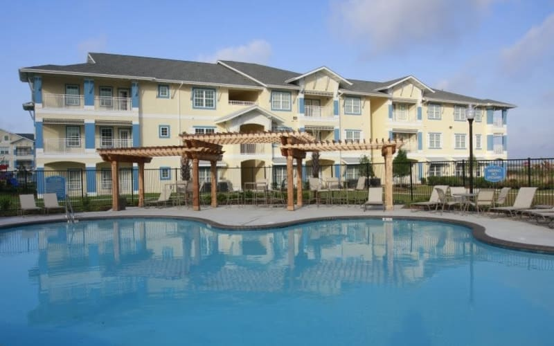 Enjoy a refreshing pool at Lakeside Apartment Homes in Slidell, Louisiana