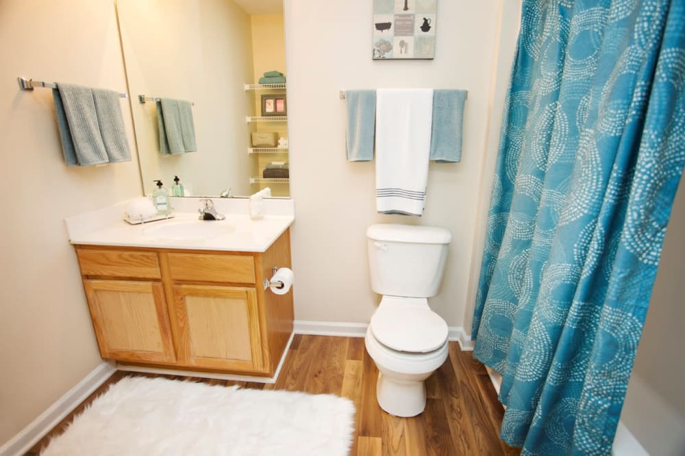 Mountaineer Village offers a spacious bathroom in Boone, North Carolina