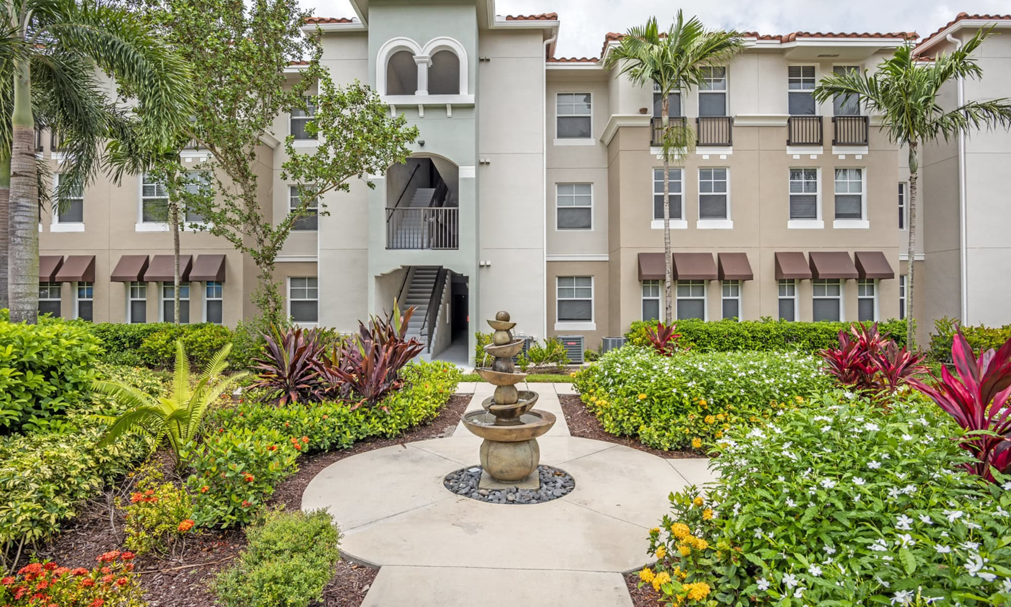 Apartments at IMT Miramar in Miramar, Florida