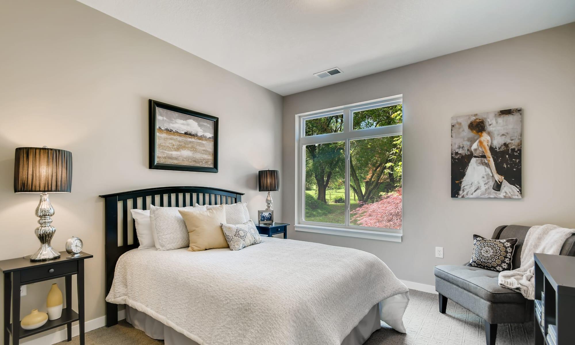 Bedroom at Broadwell Senior Living