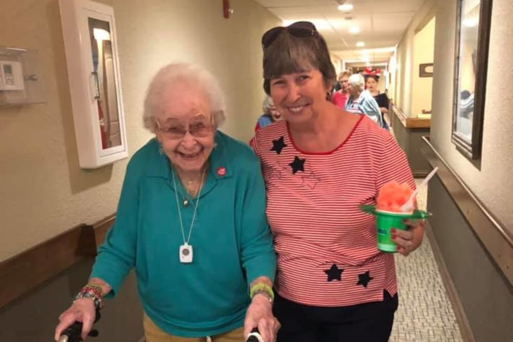 Two happy residents at Villas of Holly Brook Chatham in Chatham, Illinois