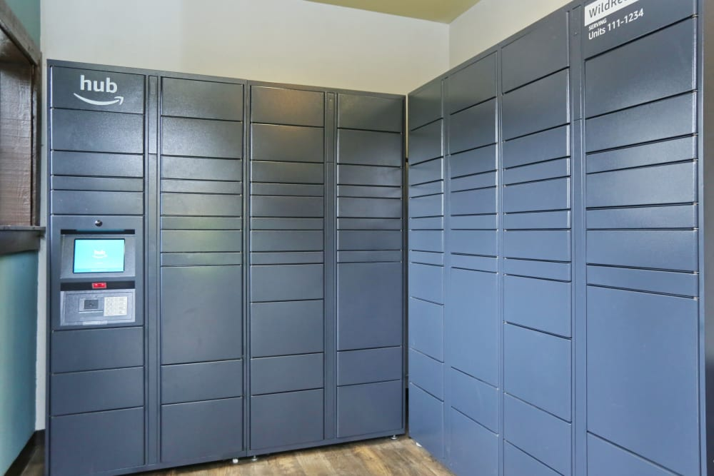 24-hour package lockers at Wildreed Apartments in Everett, Washington