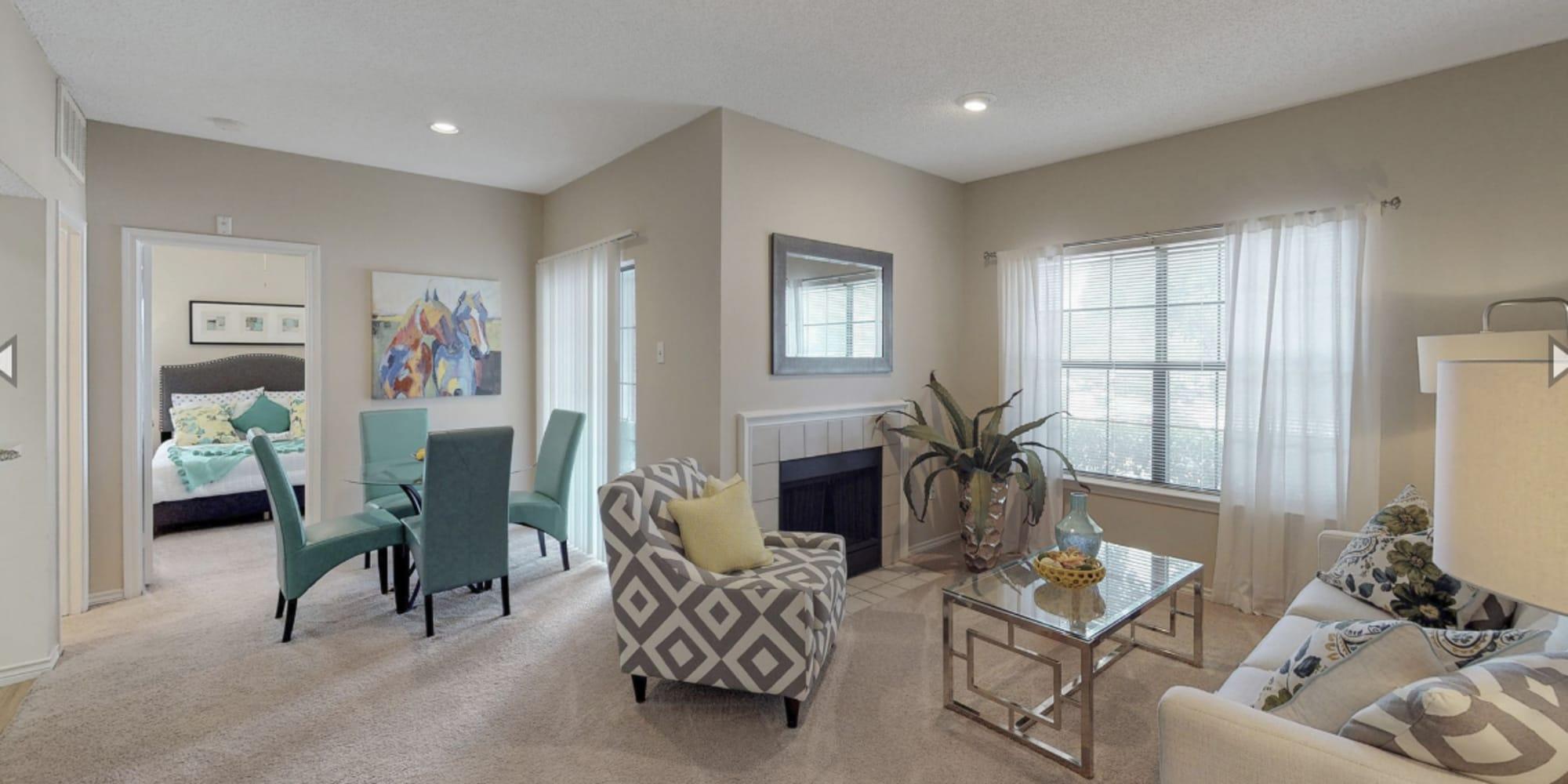 Oaks Hackberry Creek apartments in Irving, Texas