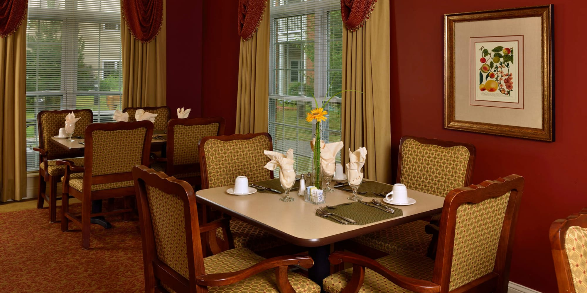 Resident dining room at Keystone Commons in Ludlow, Massachusetts.